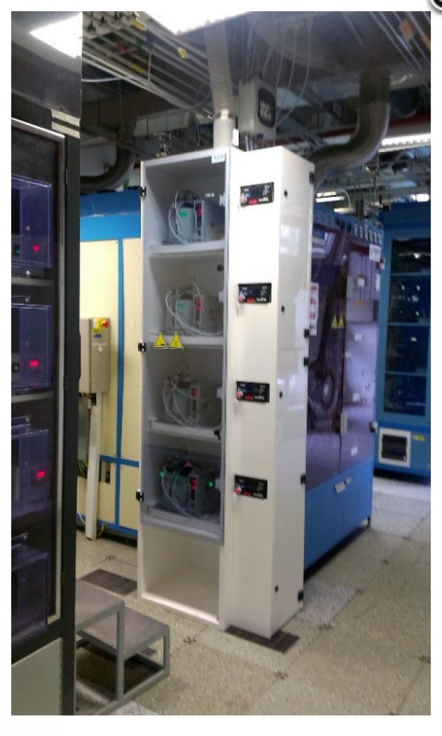 Skříň v laboratoři